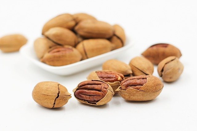 Pecan nuts on keto