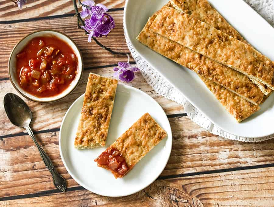 Keto cauliflower breadsticks