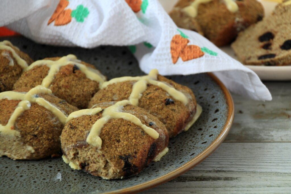Hot Cross Buns low carb Easter recipe