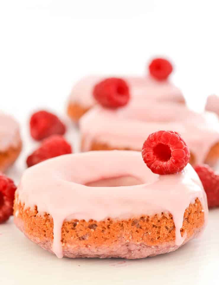 Raspberry Donuts vegan dessert
