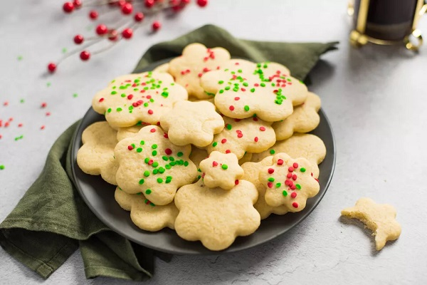 Low-Fat Holiday Sugar Cookies