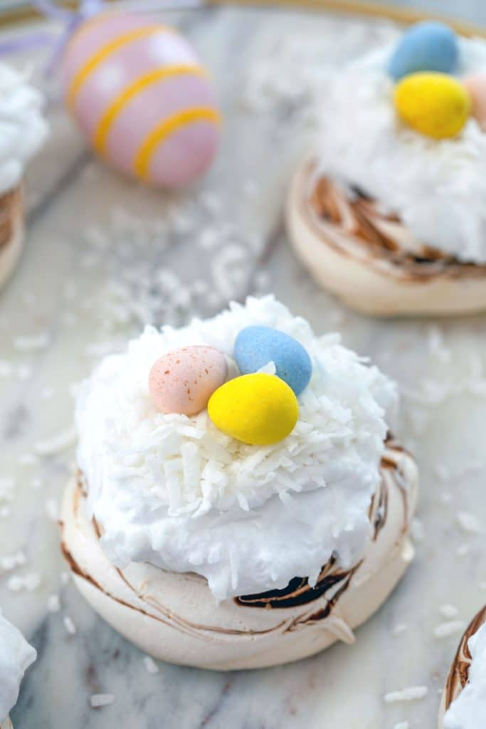 Mini Easter Pavlovas