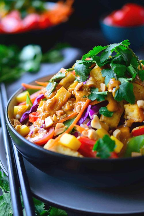 Thai Buddha Bowl with Peanut Red Curry Sauce