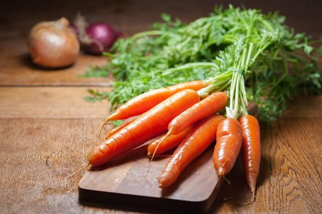 Carrots foods for clearer skin