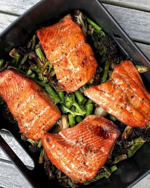 Air Fried Salmon And Veggies