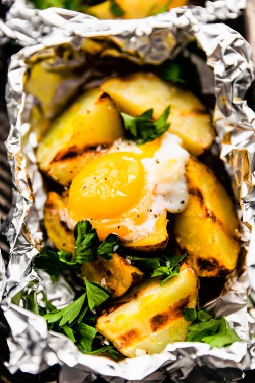 Curry Spiced Foil Packet Potatoes and Eggs