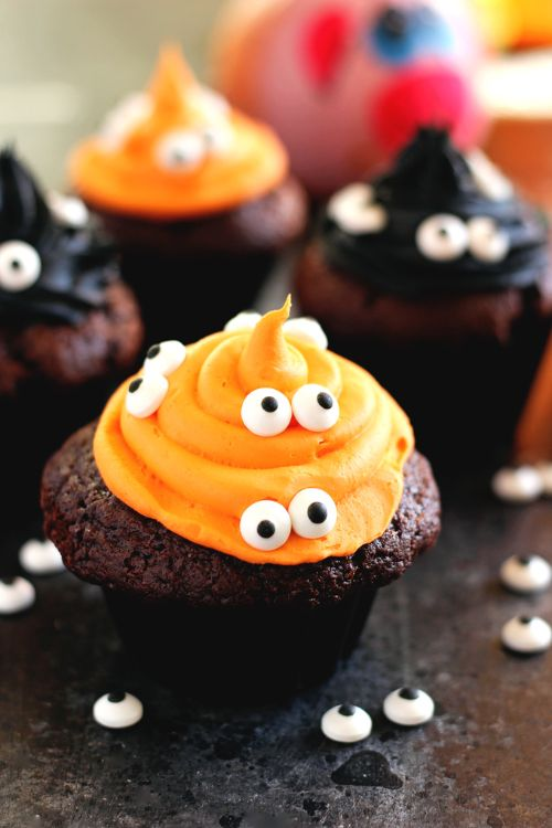 Halloween Monster Witch Cupcakes